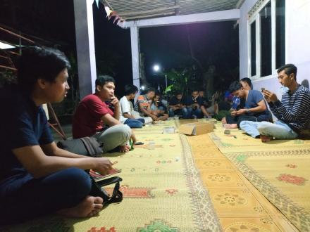 Rapat Karangtaruna Dusun Semampir