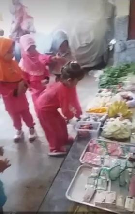 Market Day di Paud Kemuning  Soronanggan