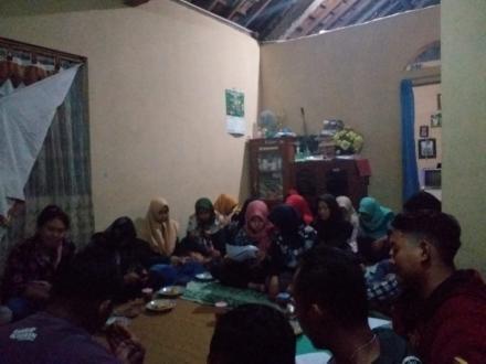 Pertemuan Rutin Karang taruna dusun krapyak wetan