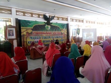 pengajian TP PKK dan Dharma Wanita ke Kab Bantul