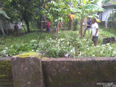 Kerjabakti di Dusun Gedong