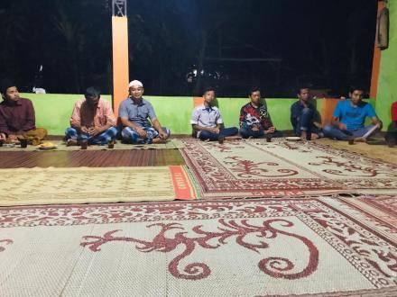 Pertemuan muda- mudi di Soronanggan
