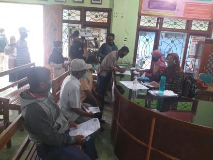 Penyaluran Bantuan sosial danaa APBD Kabupaten